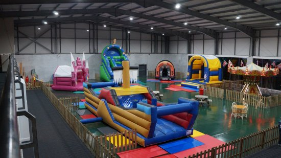 Thornton Cleveleys, UK: Bouncy Castles