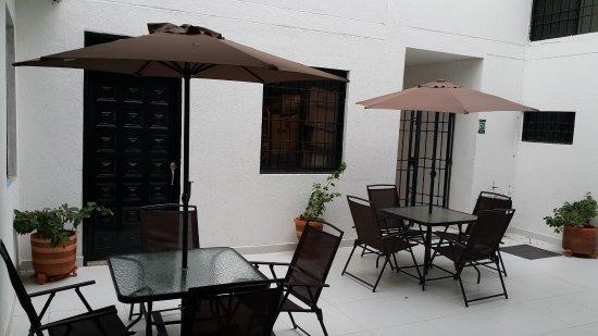 Aparta Hotel El Cacique Upar