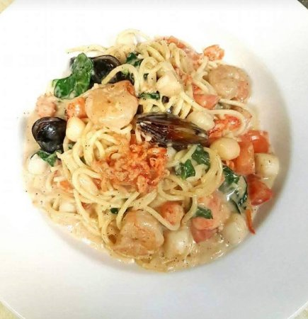 Lindsay, Canada: Seafood Pasta