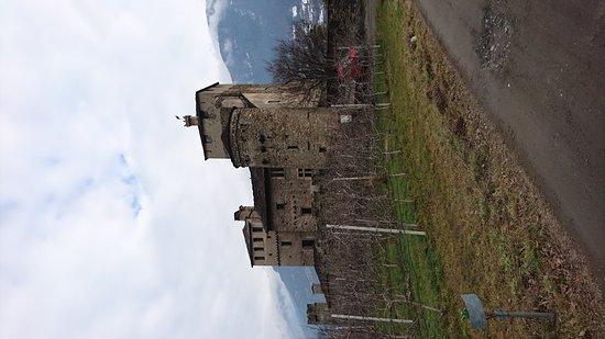 St. Pierre, Italien: Castello Sarriod de La Tour
