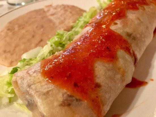 Douglas, Аризона: Delicious breakfast burrito with house-made hot sauce!