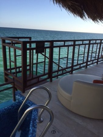 El Dorado Maroma, by Karisma : Such a cute balcony