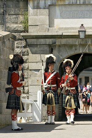 Halifax Titanic Historical Tours: Changing of the guards...very cool