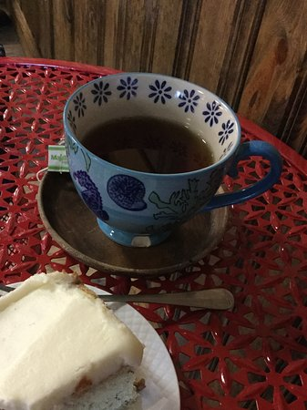 Sinking Spring, Pensilvania: tea and cake looks better than it is