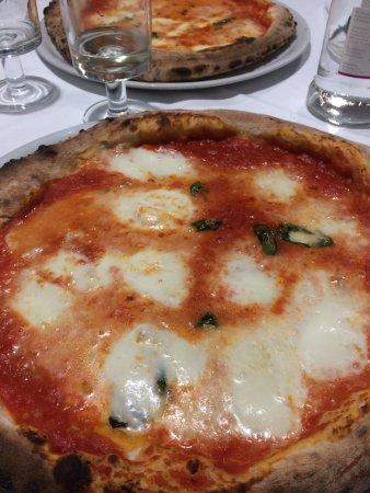 "Costabissara, Italy: Pizza ""verace"""