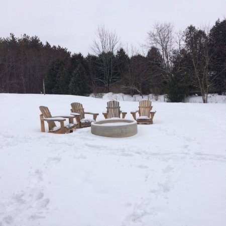 Alton, Canada: Outdoor fire pit