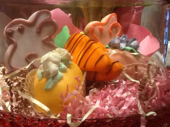 Summit, NJ: Easter cookies and cakes from Natale's - a big hit!