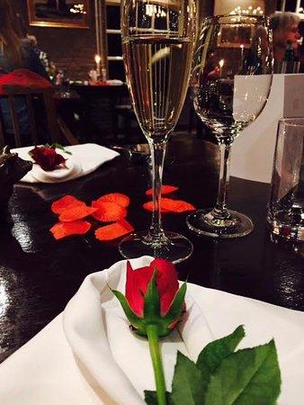 Rheden, Pays-Bas : Valentines day 2017...fantastisch menu..romantische sfeer... bediening als vanouds....