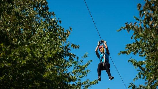Roanoke, Teksas: Zip lining through the trees