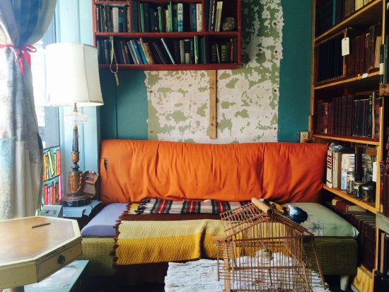 Greensboro, NC: couch and books
