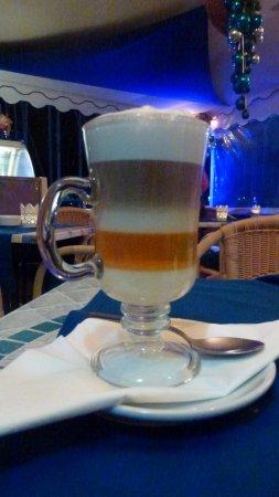 Sol y Luna - Puerto Mogán: The Barraquito Coffee