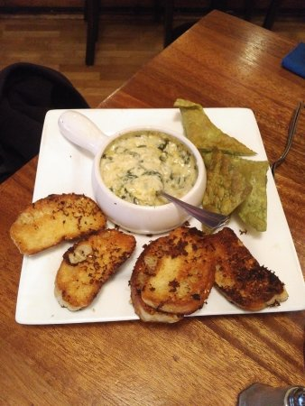 Dearborn Heights, Μίσιγκαν: Spinach and Artichoke Dip