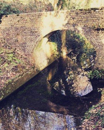 Oare, UK: photo0.jpg