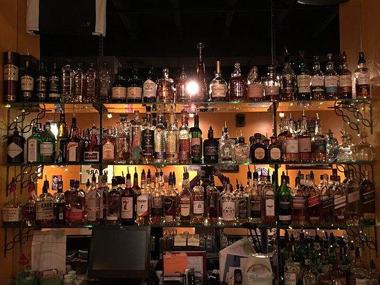 Mooney's Irish Pub