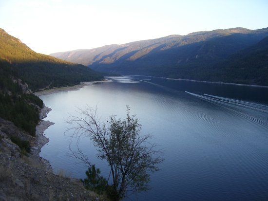 Castlegar, Canada: Lower Arrow Lake at sunset. Syringa Creek Park is at the far left side of the lake.