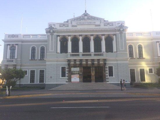 Rectoría de la Universidad de Guadalajara : Universidad de Guadalajara