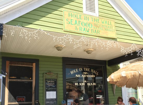 Apalachicola, Φλόριντα: Hole In The Wall Seafood Restaurant