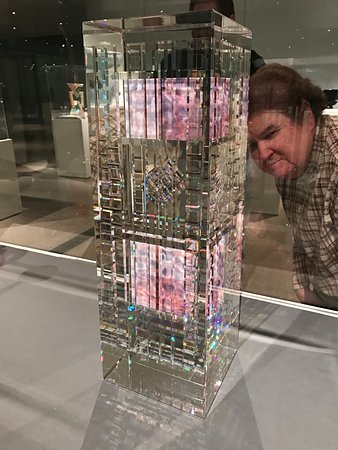 Toledo, OH: Glass sculpture