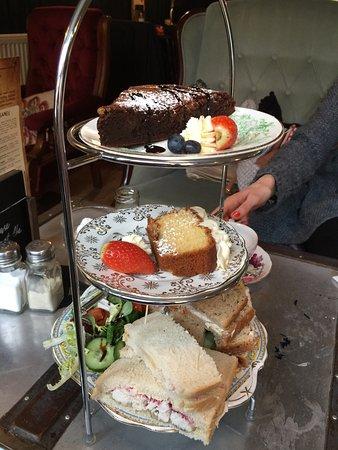 """Aylsham, UK: Our amazing """"halfternoon"""" tea"""