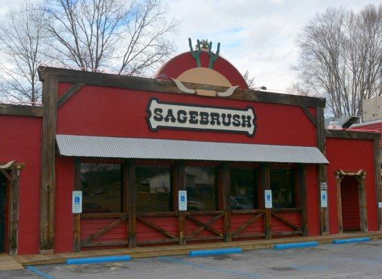 Morganton, NC: Front Entrance