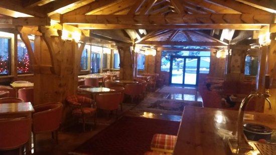 Hotel Rutllan: bar