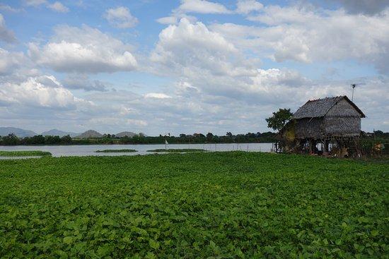 Kampong Chhnang, Cambodge : Agréable balade en vélo