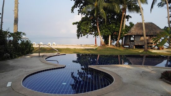 The Lipa Lovely Beach Resort