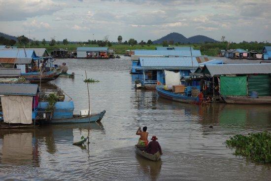 Kampong Chhnang, Cambodge : Village flottant