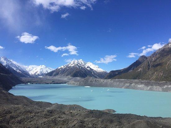 Tasman Glacier: Blue lake, glacier and debris