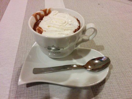 Ala di Stura, Italien: cioccolata calda