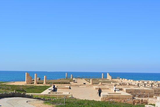 "Caesarea, Israel: Кесария. ""Дворец на рифе"""