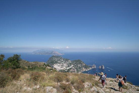 Mount Solaro: 山頂美景