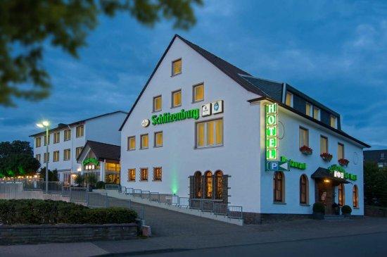 Hotel Restaurant Schutzenburg Burscheid
