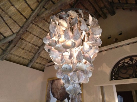 Sabie, South Africa: Lounge Chandelier