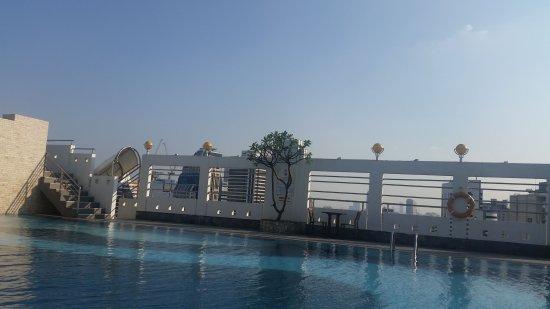 Zenith Sukhumvit Hotel Bangkok: IMG-20170212-WA0013_large.jpg