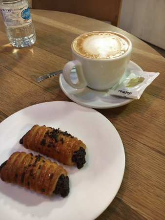 Horno de pan y cafeteria