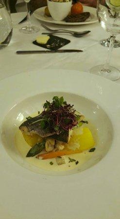 Escrick, UK: Sea bass with tarragon and clam sauce