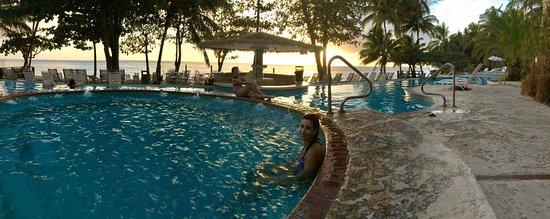 Rincon Beach Resort: Por do Sol na Jacuzzi