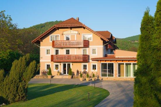 Photo of Hotel Honti Visegrad