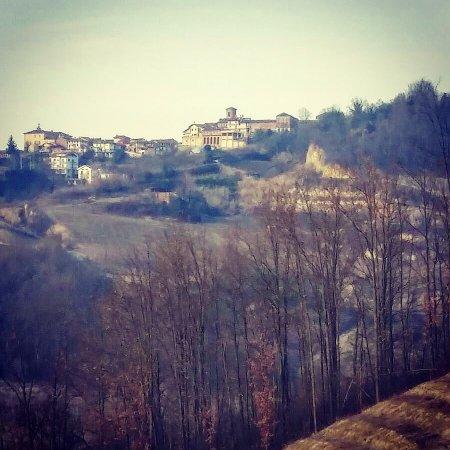 Monta, Italien: Immagini di Montà dalla nostra azienda