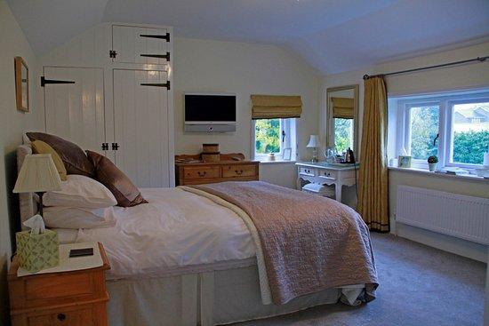 Lantern Cottage Bed & Breakfast