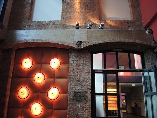 Eingang Bild Von East Design Hotel Hamburg Hamburg