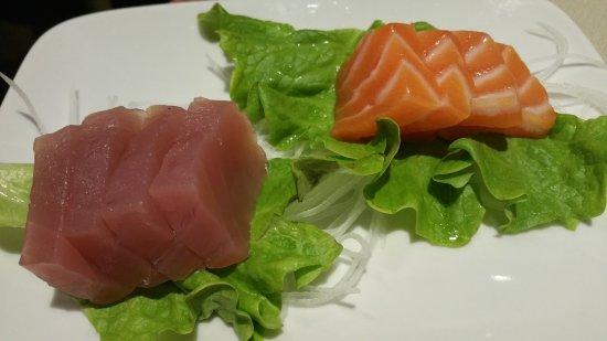 Villanova di Castenaso, إيطاليا: La sera a cena sashimi illimitato....
