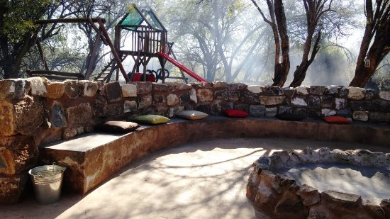 Griekwastad, Südafrika: Barbecue and play area