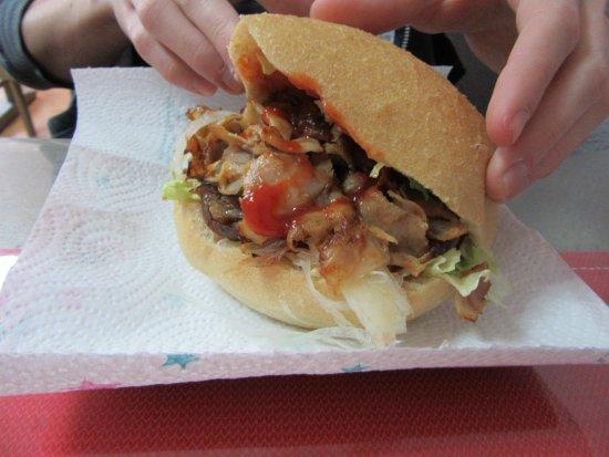 Dampierre-sur-Salon, Francia: kebab