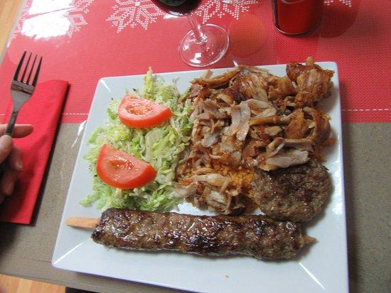 Dampierre-sur-Salon, Francia: assiette mixte
