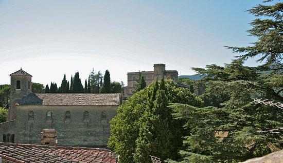 Ancienne maison des gardes for Ancienne maison des gardes lourmarin france