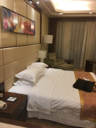 Regal Kangbo Hotel: Best local