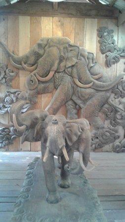 San Kamphaeng, Tajlandia: 20170215_154442_large.jpg