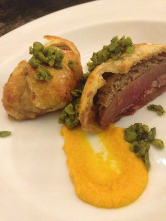 Retford, UK: Starter - Pigeon Wellington